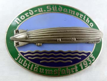 1933 Zeppelin Commemorative Badge - Green